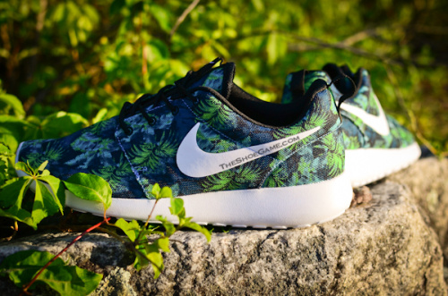 Nike Roshe Run Limited Edition