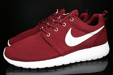 Nike Roshe Run Red Sail